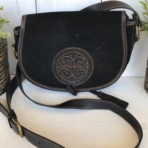 Vintage Bags - Vintage boho black leather saddle purse w/ tassel